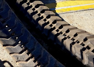 Supply and fit excavator tracks